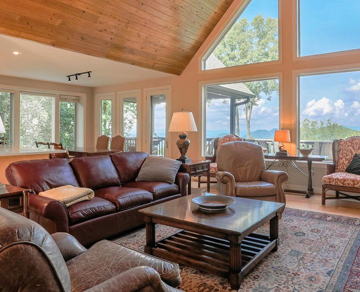 Coldwell-Banker-King-Luxury-Vacation-Rentals